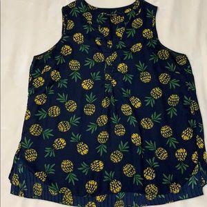 Zac & Rachel XL Sleeveless Navy Blouse Pineapples